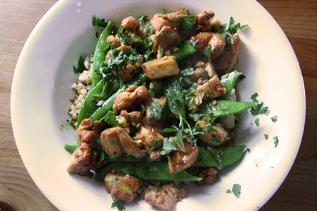 Pollo al ajillo, with barley and sugar snap peas