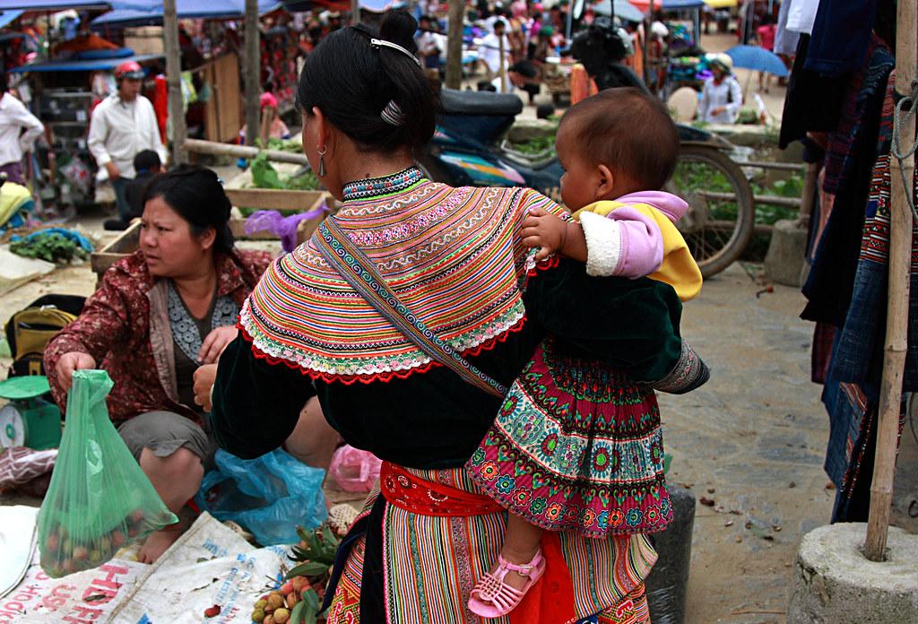 Bac Ha, Sunday Market