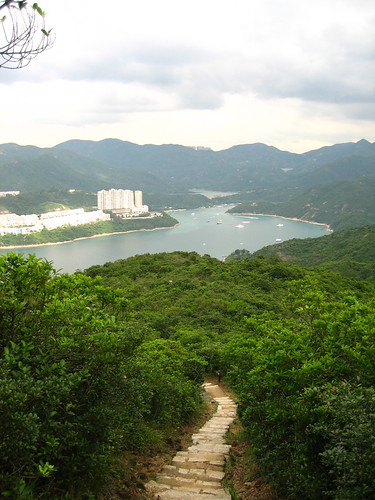 ถัดจากเกาะตะกี๊ ก็เป็นอ่าว ทะเลในทะเลนอก ฮ่องกงมีอย่างนี้ด้วยหรอเนี่ย หนูเพ่ิงรู้
