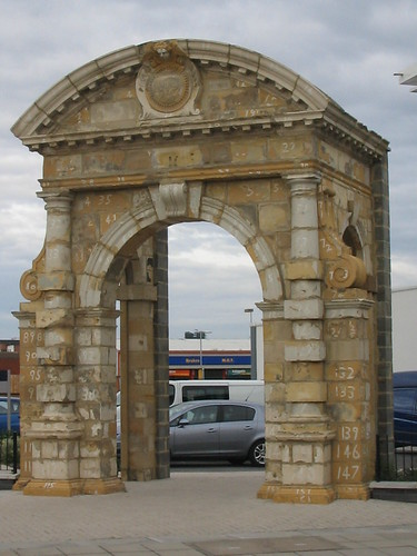 Middlesbrough, North Riding Infirmary Arch