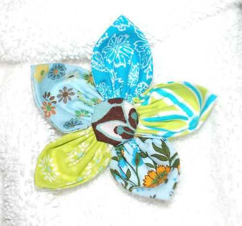 petal bow