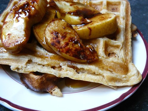 Waffles & baked apples