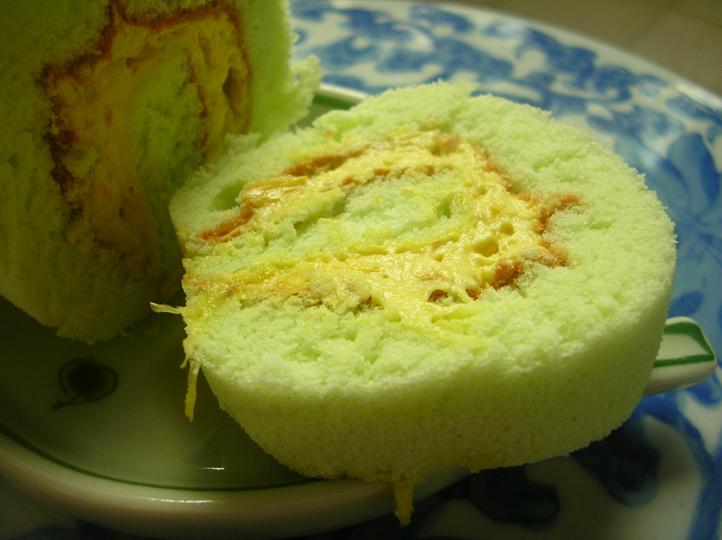 Durian Swiss Roll