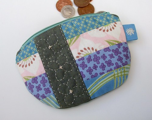 Patchwork purse with hand-quilting