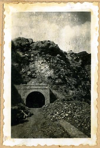 ADACAS - 02-8: Construcción de la carretera de Arguis a Nueno, Huesca. 1921-1924