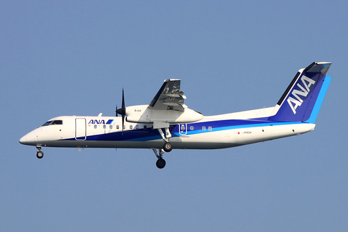 ANA Bombardier DHC8-300(JA801K)