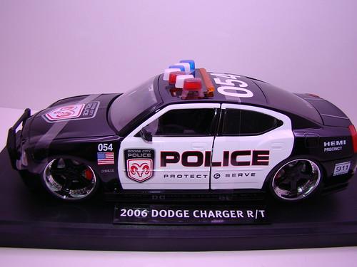 Jada Toys Dodge Charger Police (3)