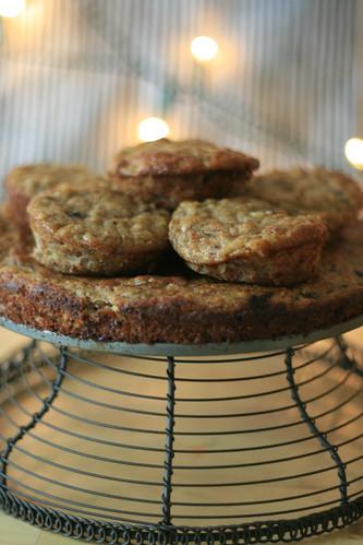 banana bread muffins & cake