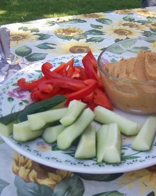 veggie_hummus_plate