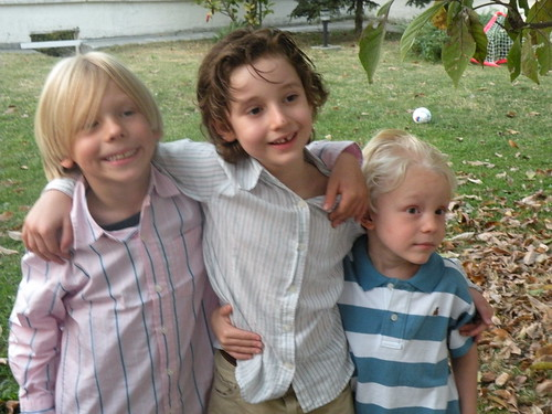Sebey with his cousins - October 10, 2009