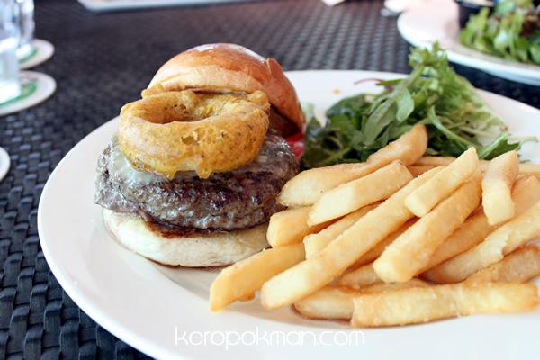 N.Y. Burger - Privé - Bakery Cafe @ Marina at Keppel Bay