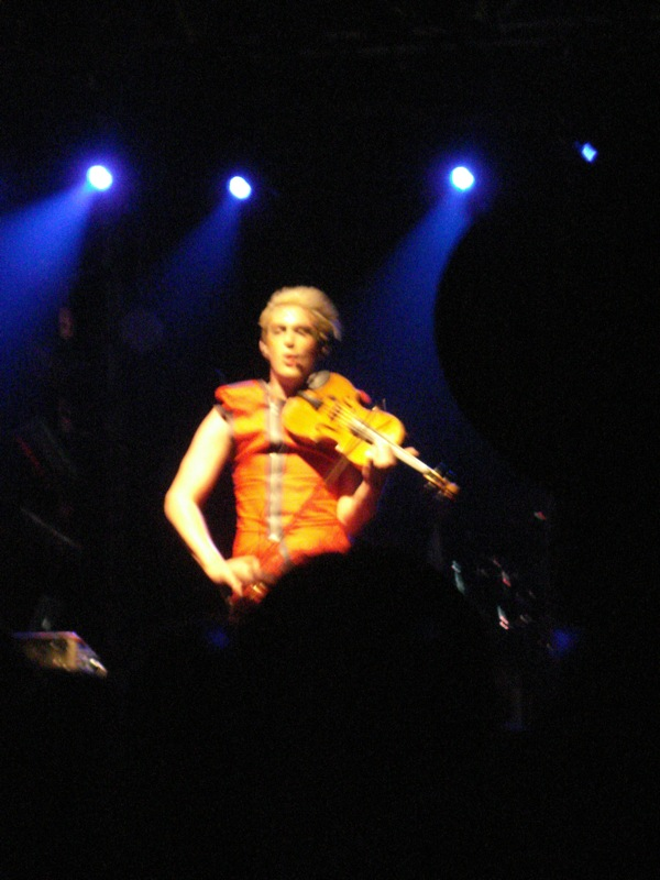 Patrick Wolf and violin