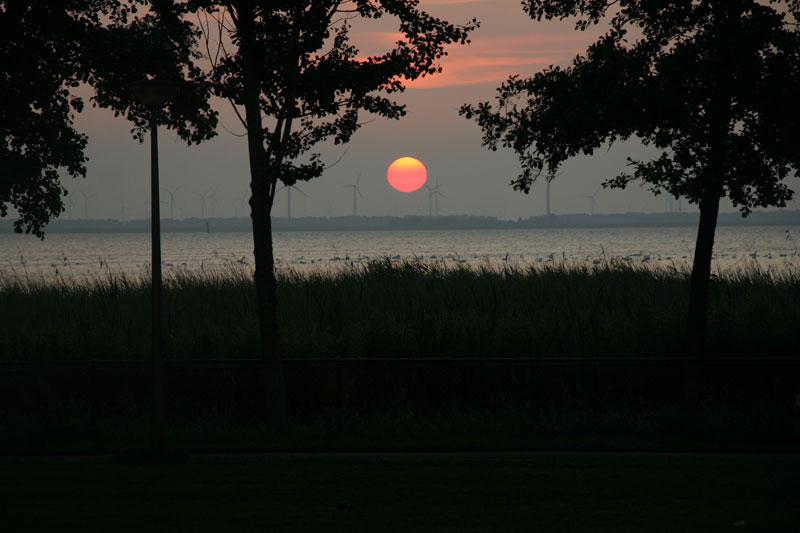 Ondergaande-zon22.03uur-IMG_3635