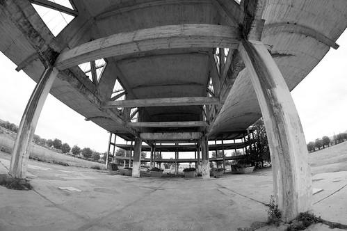 Hangares abandonados en el campus de Alcalá
