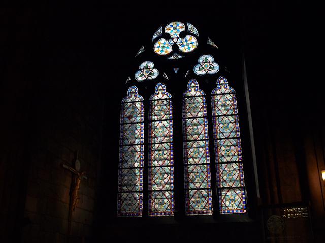 Notre Dame - Răstignirea