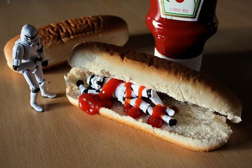 Cenando en Hot Dogs Calrrisian