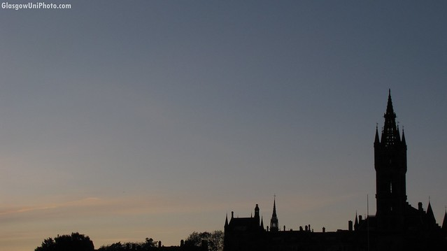 Silhouette of Glasgow University