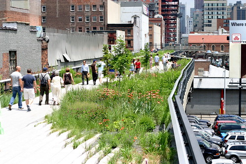 The High Line park by rikomatic.