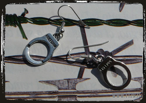 Orecchini argentati manette - Handcuff ilver earrings IFFREED
