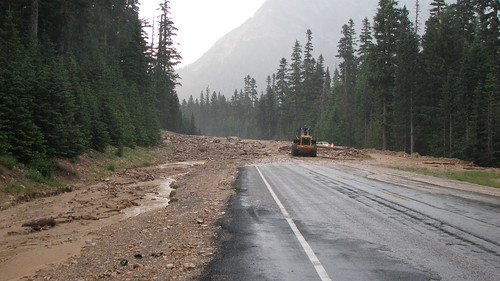 SR20 Debris Flow over roadway, of July 29, 2009 (photo from WSDOT)
