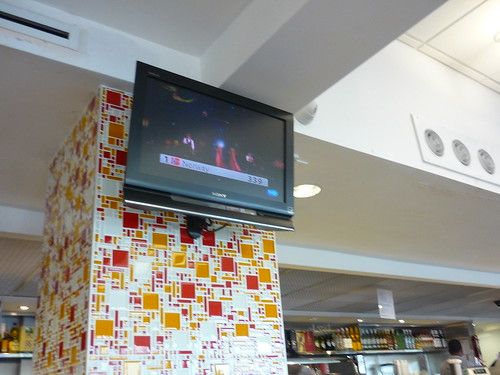 Eurovision in the Spanish bakery, SJ