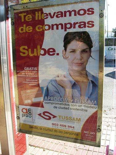 Campaña de la empresa de autobuses de Sevilla Tussam y la Asociacion de Comercio.