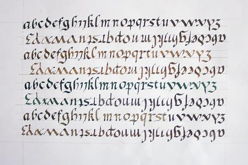 calligraphie : alphabet gothique batarde