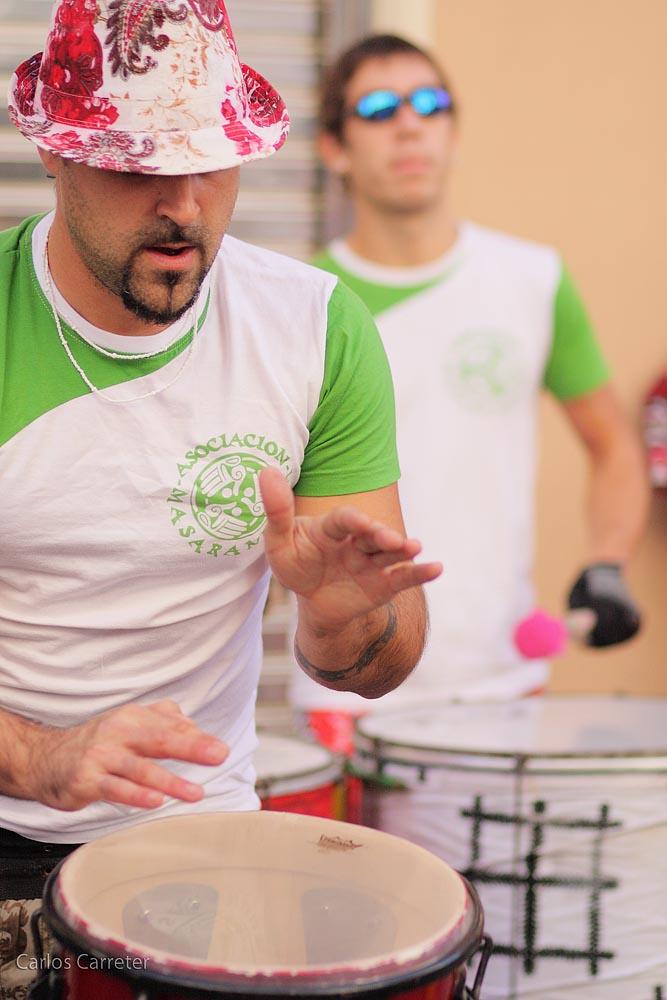 """Todo el mundo toca tambores """"brasileiros"""""""