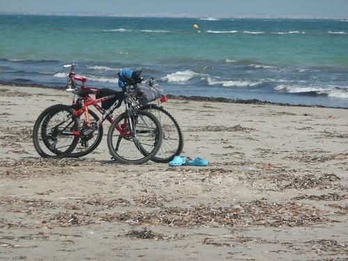 Por la ruta de las encañizadas - playa de La llana