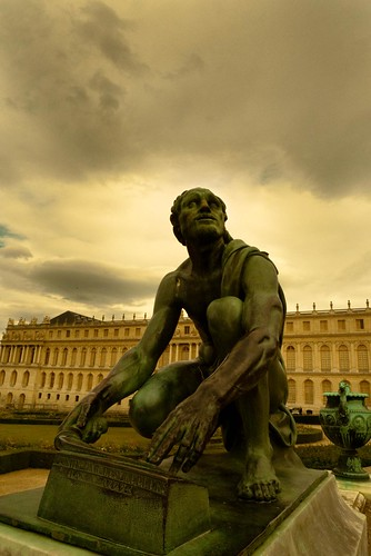 Versailles : The Oracle and the Sky