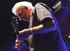 "John Mayall • <a style=""font-size:0.8em;"" href=""http://www.flickr.com/photos/10290099@N07/33019422026/"" target=""_blank"">View on Flickr</a>"