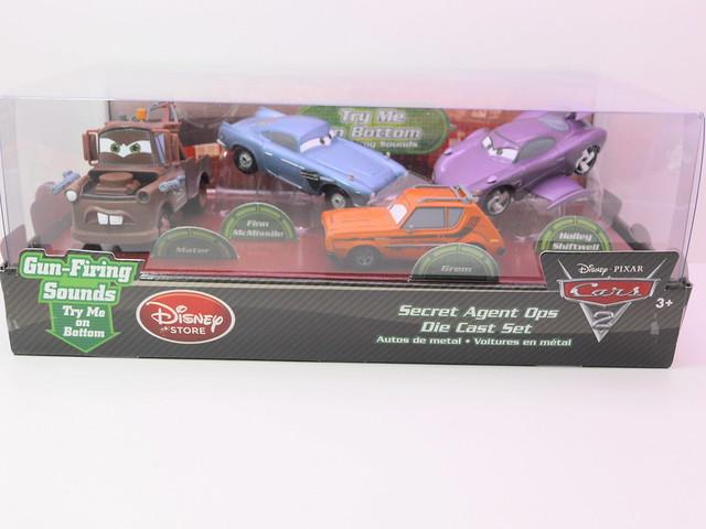 disney store cars 2 secret agent ops boxset (1)