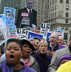 ABAMarch-SEIU marches across Chicago River