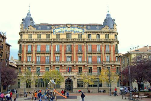 """Vista de la fachada del edificio de """"La Agrícola"""""""