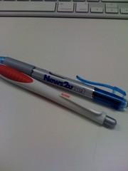 愛用のボールペン2本