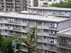 集合住宅 apartment buildings