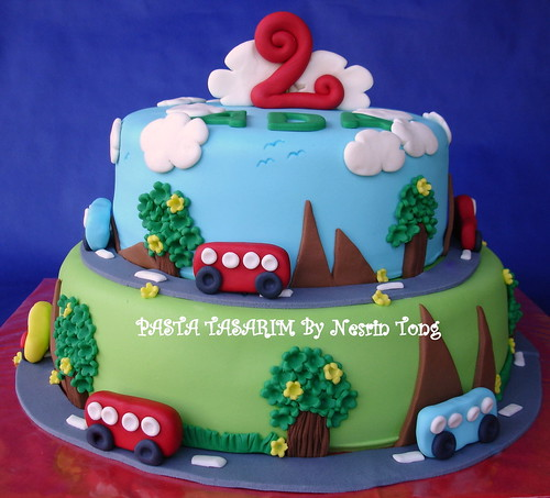 BUS AND TRAFFIC CAKE
