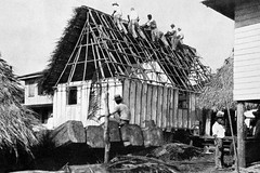 Constructing the Thatch Roof