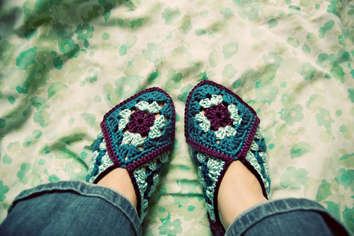 365.286: granny square slippers
