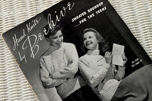 Beehive-Knits-1942-A