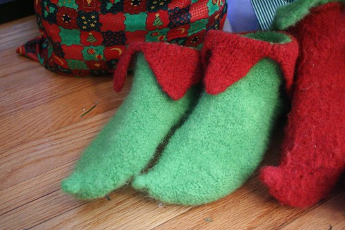 for Rav: elf slippers