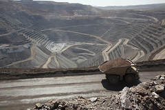 Goldstrike Mine pit with Ore Truck
