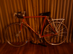 And Squeaker now has a rear rack and is ready to ride! Woohoo!