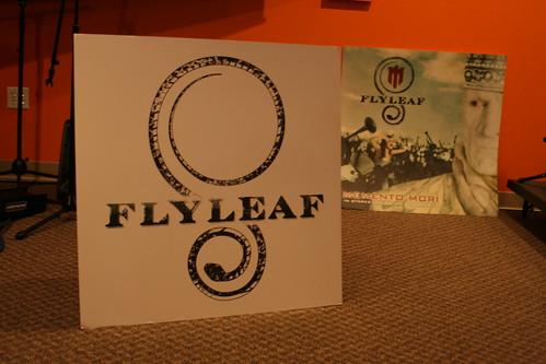 flyleaf1