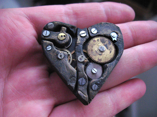 steampunk heart - small