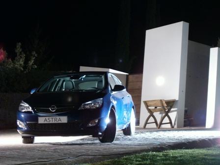 2009-12-13 1 - Nuevo Opel Astra