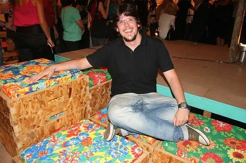 LUIZ CARLOS BITTENCOURT JUNIOR, da UNIVILLE, Joinville - SC, 3º lugar do Prêmio Tok&Stok de Design Universitário com o produto Baião.