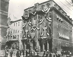 Queen Theater Dressed, 1899