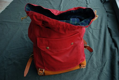 Waxed Rucksack / Red