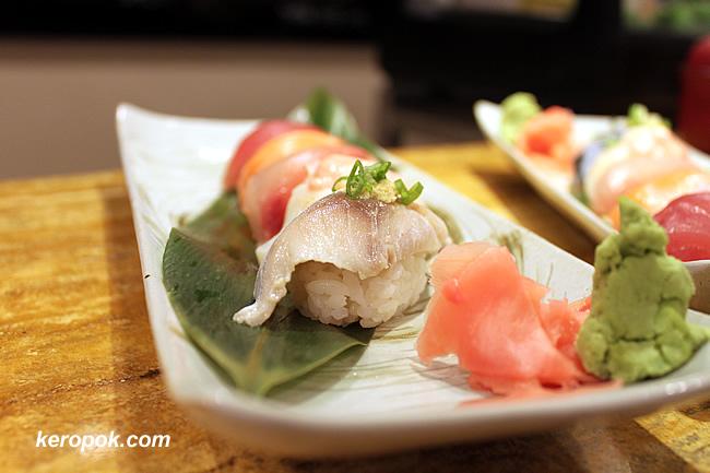 Howard's Special - Maguro, Sake Toro, Hamachi, Aburi Hotate, Shime Saba